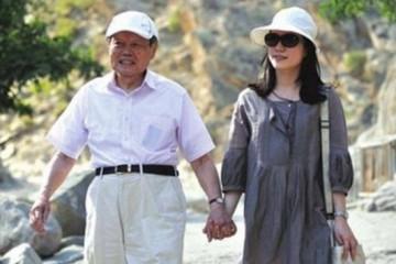 你只知道97岁杨振宁有个小54岁妻子却不知他有多了不得
